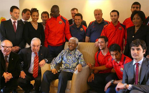 La expedición del Barça, con Mandela. Foto: Valentí Enrich