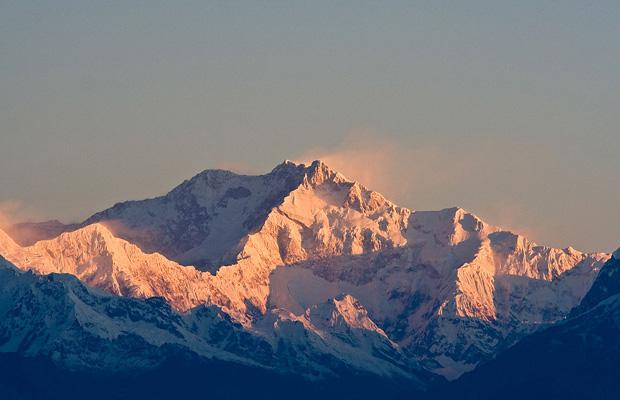 1024px-Kanchenjunga_India
