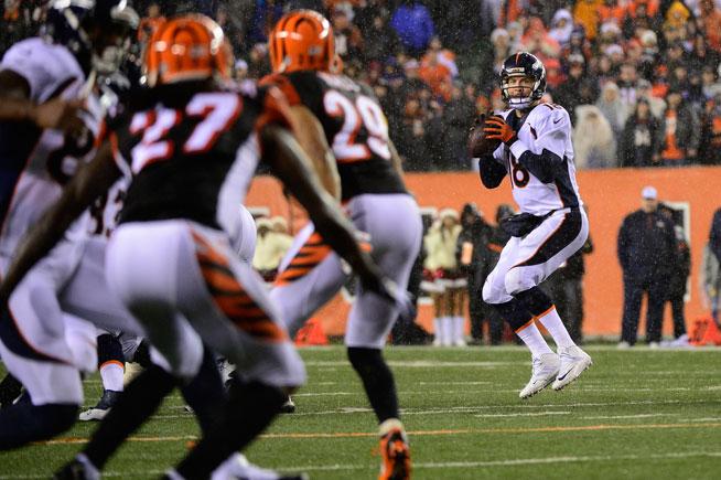 La defensa de Cincinnati leyó a la perfección a Peyton Manning en el último cuarto del partido que los enfrentó el lunes (22/12/2014)