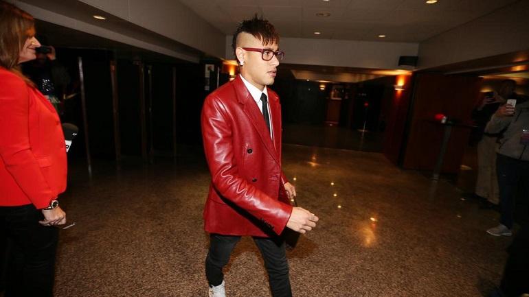 Después habrá palos a Rosell por los millones que dio al padre de Neymar. Fueron pocos.