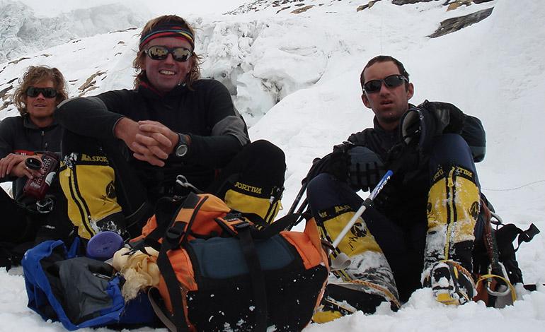 Annapurna 2008 Alexei Bolotov, Don Bowie, Ochoa de Olza, Horia Colibasanu