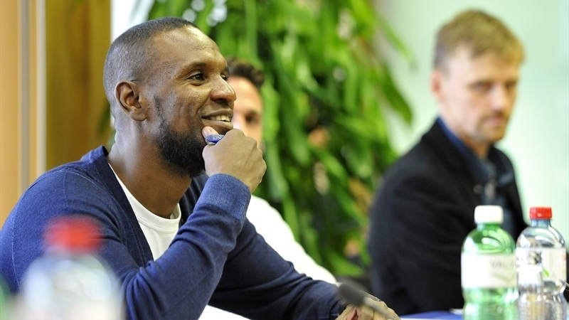 uefa for players eric abidal