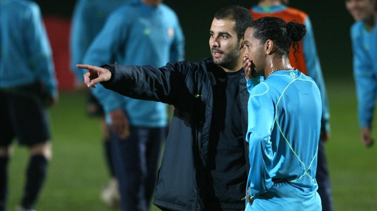 Guardiola y Ronaldinho barça